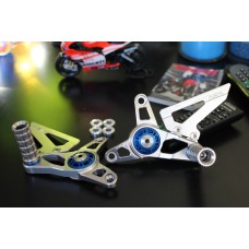 AEM FACTORY - Adjustable Billet Rearsets for Mv agusta F4/B4 models w/  Colored Eccentric