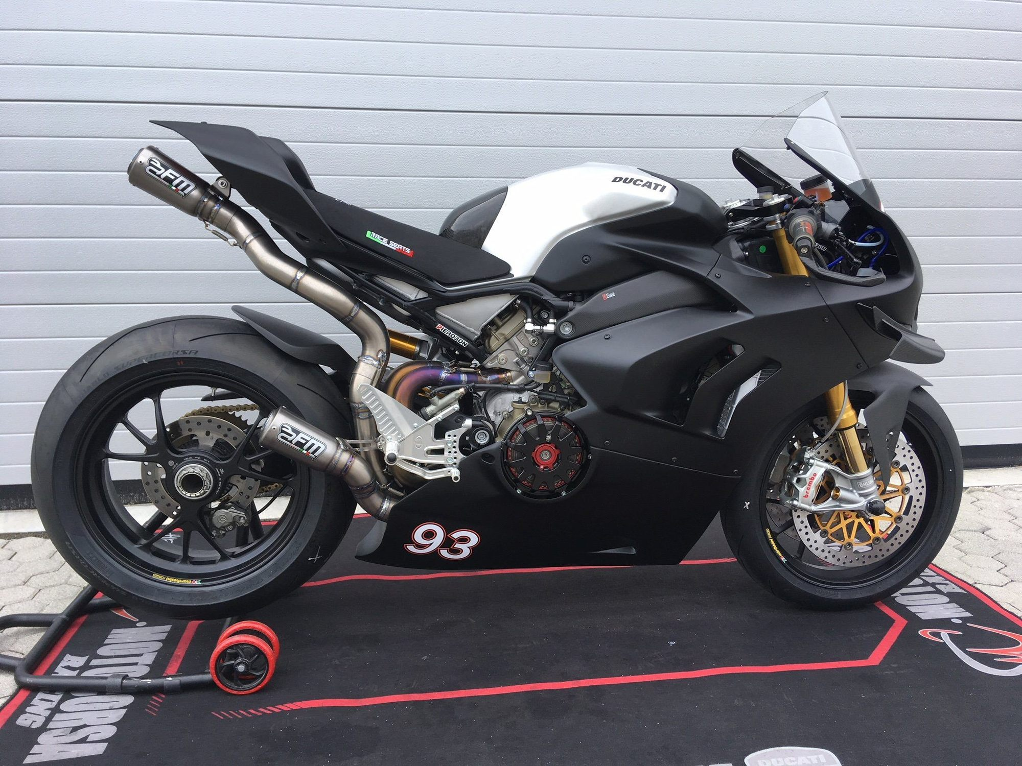 FM Projects Full Titanium Exhaust for the Ducati Panigale V4 R